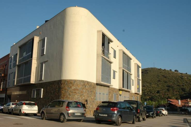 BEAUTIFUL APPARTMENT IN COLERA 2 BEDROOMS