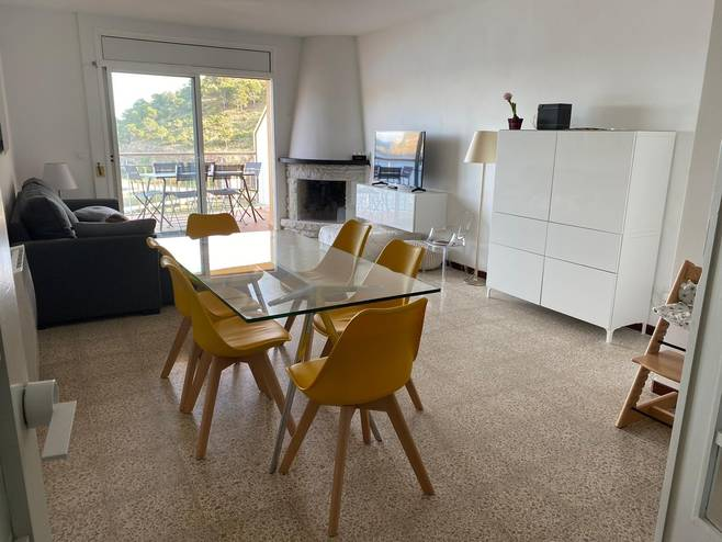 TOURIST APARTMENT IN 1A. SEA LINE A COLERA